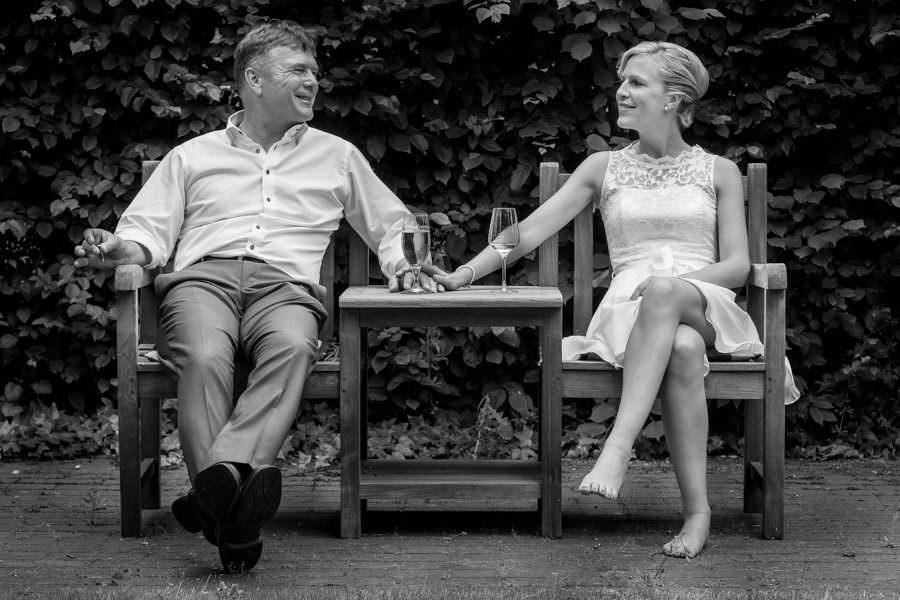 Vater und Braut nach Hochzeit auf Schloss Wissen