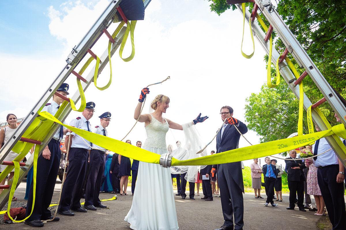Hochzeit mit freiwilliger Feuerwehr