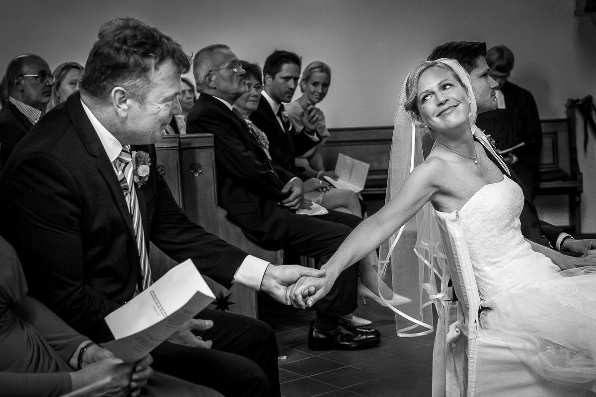 Perfekte Hochzeitsmomente mit Hochzeitsfotograf Düsseldorf