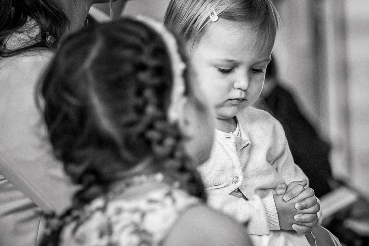 Kinder bei kirchlicher Hochzeit