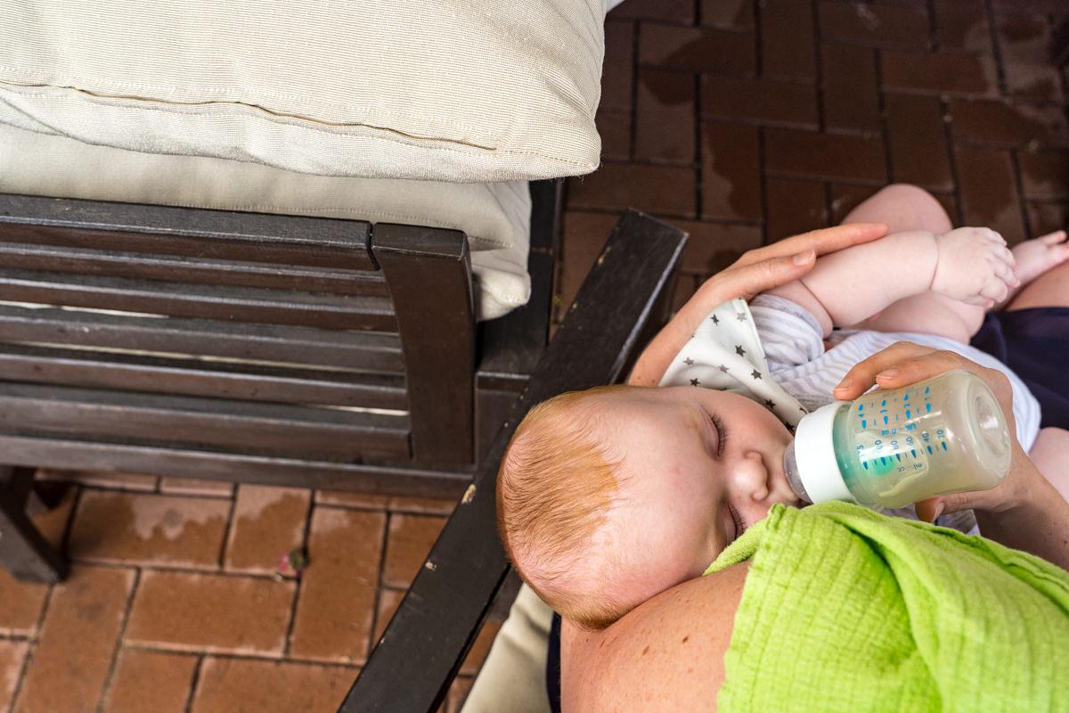 Dokumentarische Hochzeitsreportage mit Baby Deichgraf Duesseldorf mit beste Hochzeitsfotograf Duesseldorf