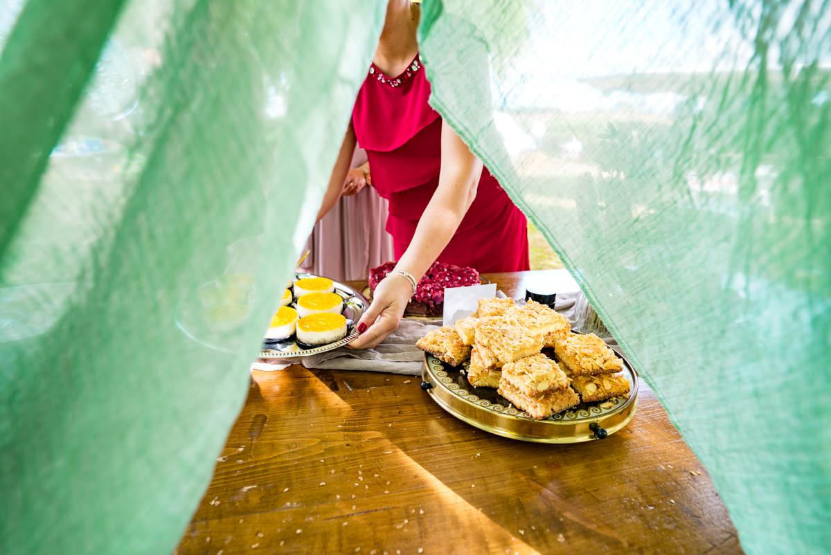 Kuchen bei DIY Hochzeit Solingen mit Hochzeitsfotograf Solingen