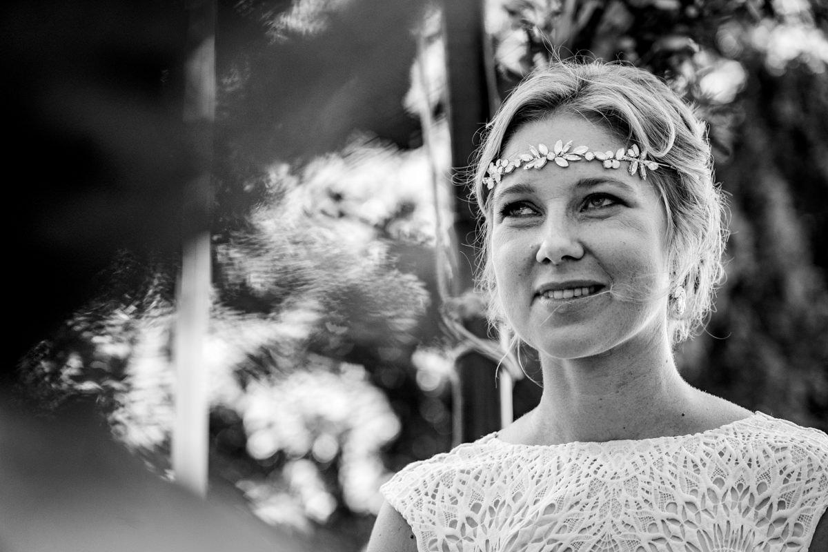 Schwarz Weiss Brautportraet mit Hochzeitsfotograf Duesseldorf