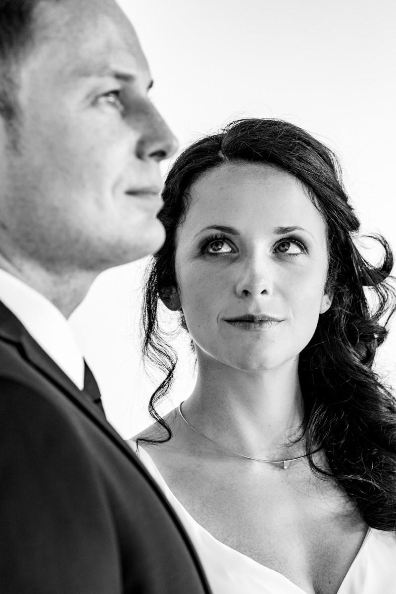 Brautpaarfotos bei Hochzeitsfeier Alter Bahnhof Steinhaus Solingen-2