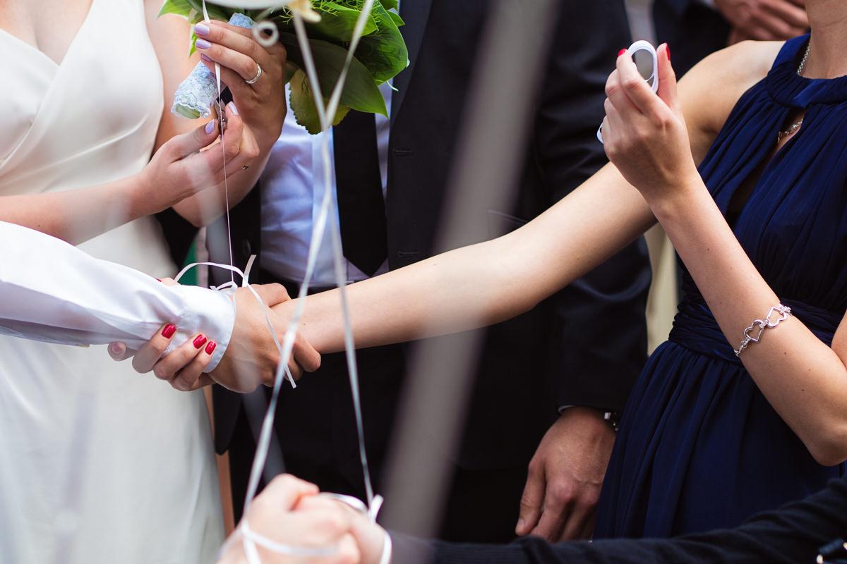 Heiraten im Standesamt Solingen mit Luftballons