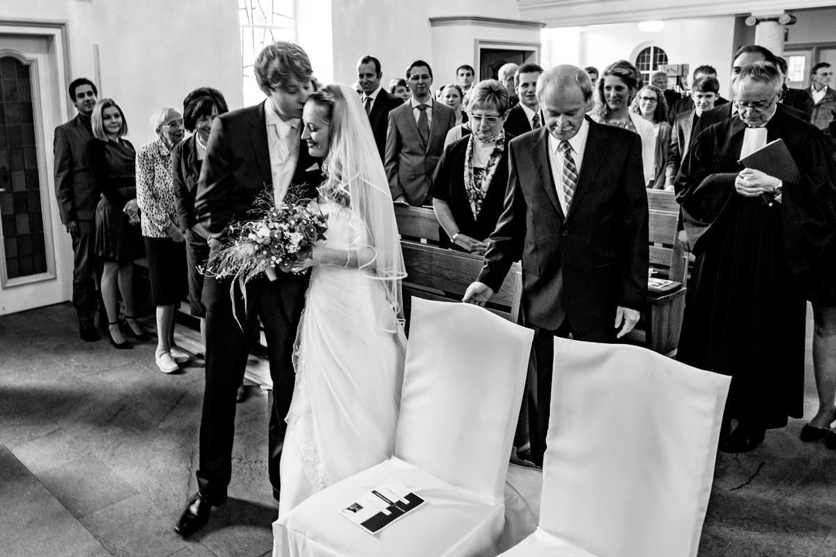 Heiraten in Graefrath mit kirchliche Trauung Solingen-2