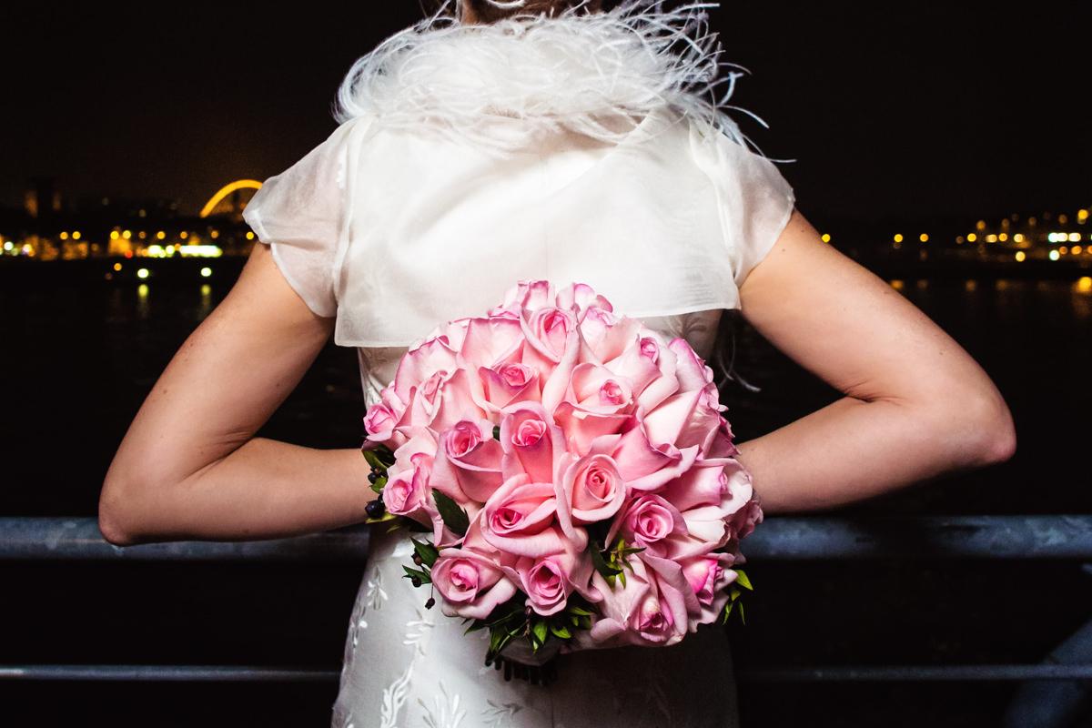 Brautstrauss Koeln mit Hochzeitsfotograf Koeln-2