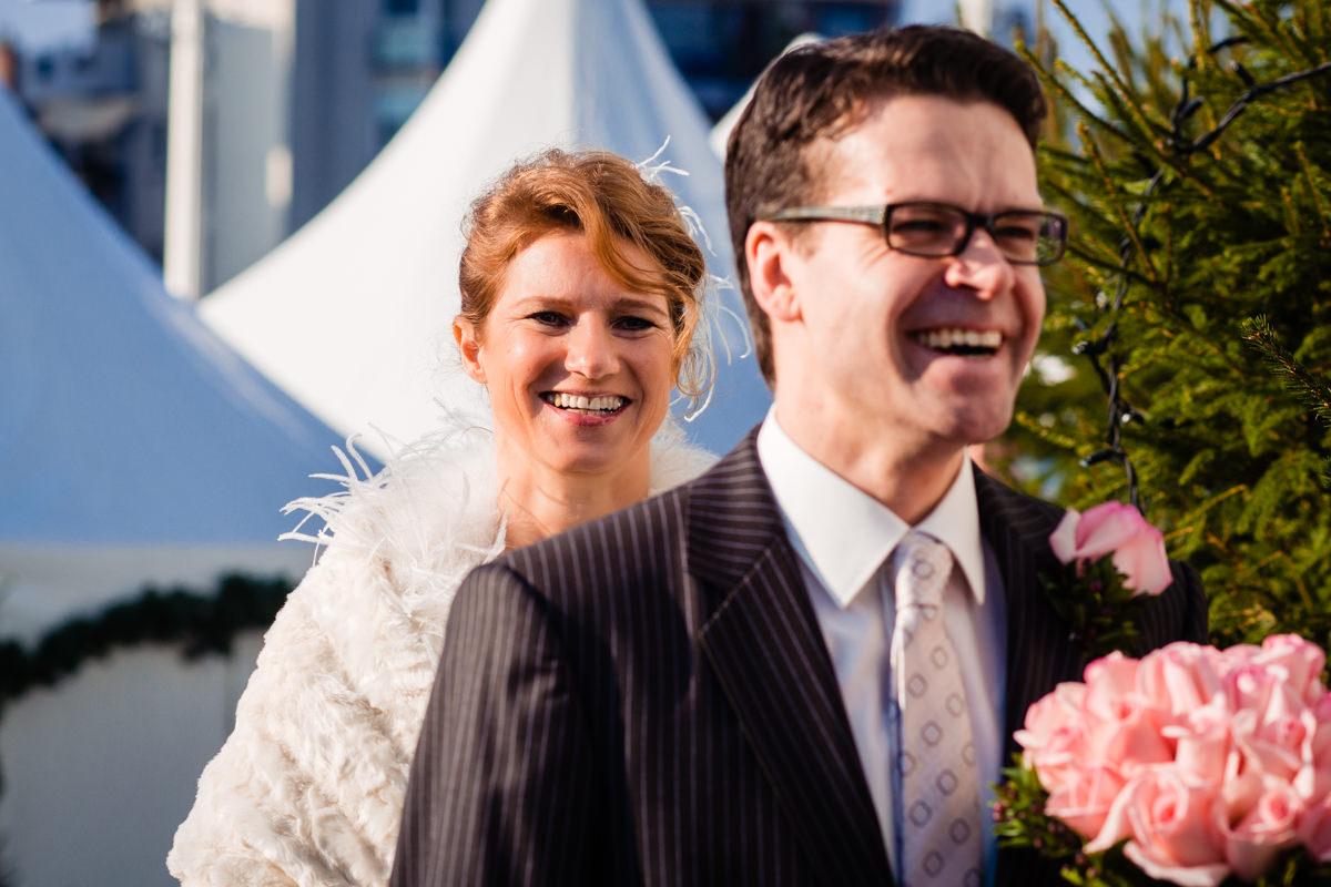 First Look vor Schokoladenmuseum Koeln mit Hochzeitsfotograf Koeln