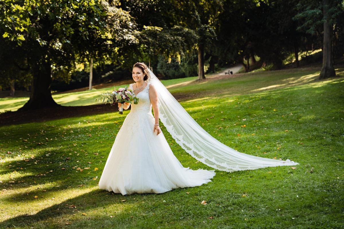 Freie Trauung in Hochzeitslocation Bonn Redoute mit Hochzeitsfotograf Bonn-4