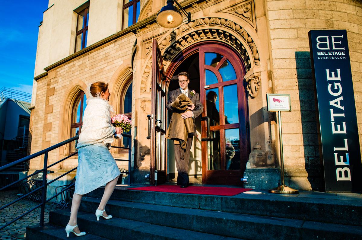 Hochzeit Standesamt Koeln im Schokoladenmuseum Koeln mit Hochzeitsfotograf Koeln-2