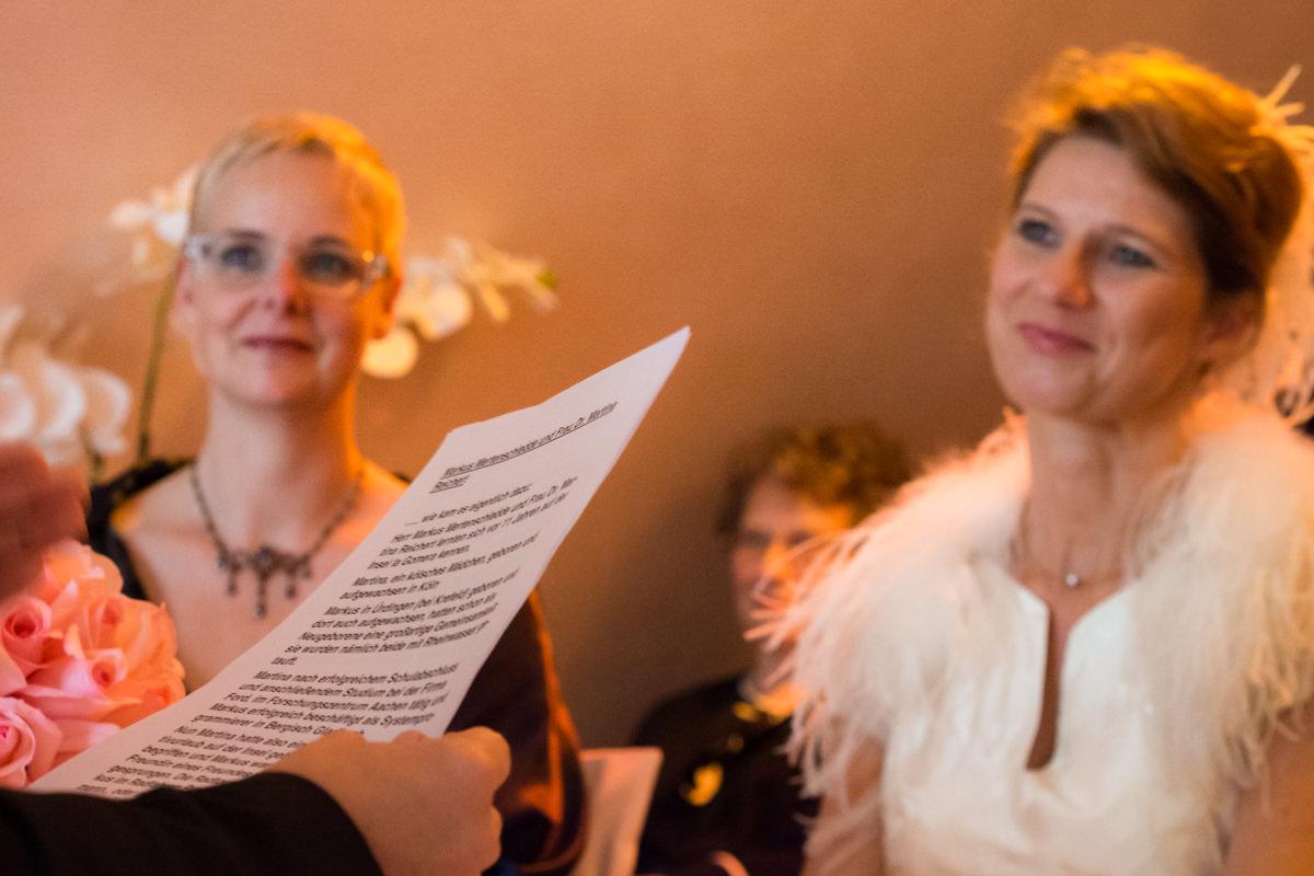 Hochzeit Standesamt Koeln im Schokoladenmuseum Koeln mit Hochzeitsfotograf Koeln-4