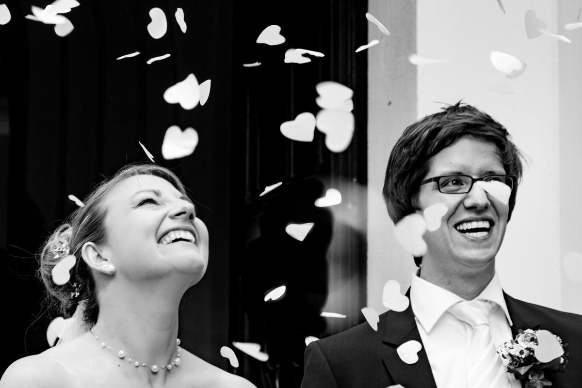 Hochzeit in evangelischer Kirche Solingen Widdert mit Hochzeitsfotograf Solingen-2