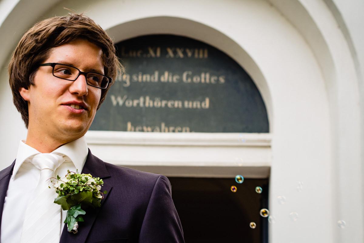Hochzeit in evangelischer Kirche Solingen Widdert mit Hochzeitsfotograf Solingen