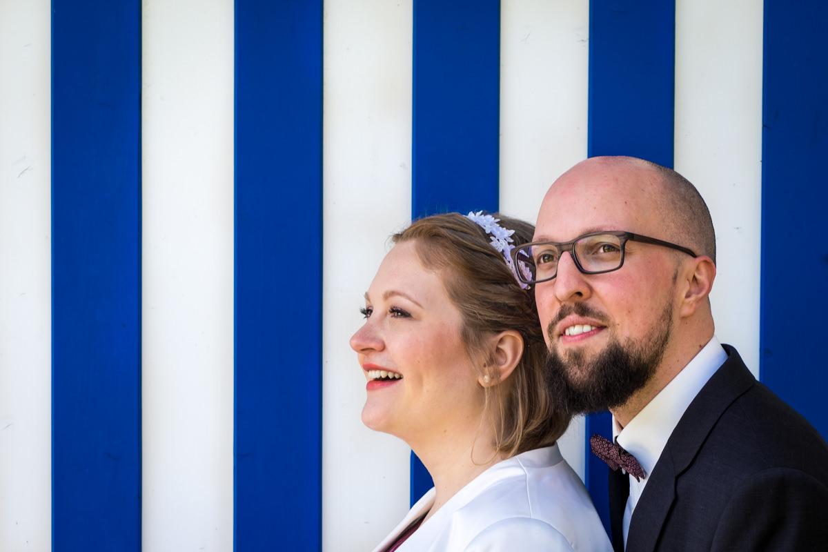 Hochzeitsfotos Brautpaar bei Hochzeitslocation Köln Haus am See mit Hochzeitsfotograf Koeln-2