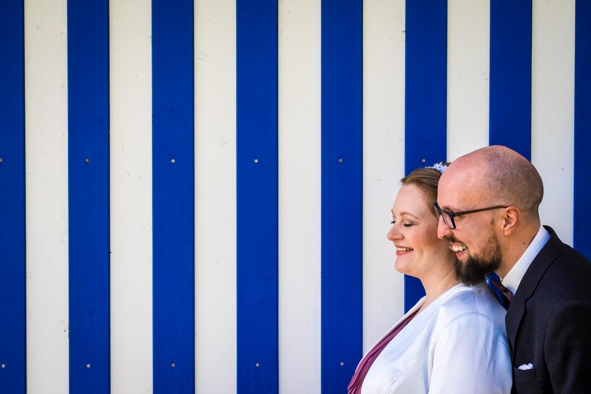 Hochzeitsfotos Brautpaar bei Hochzeitslocation Köln Haus am See mit Hochzeitsfotograf Koeln-3