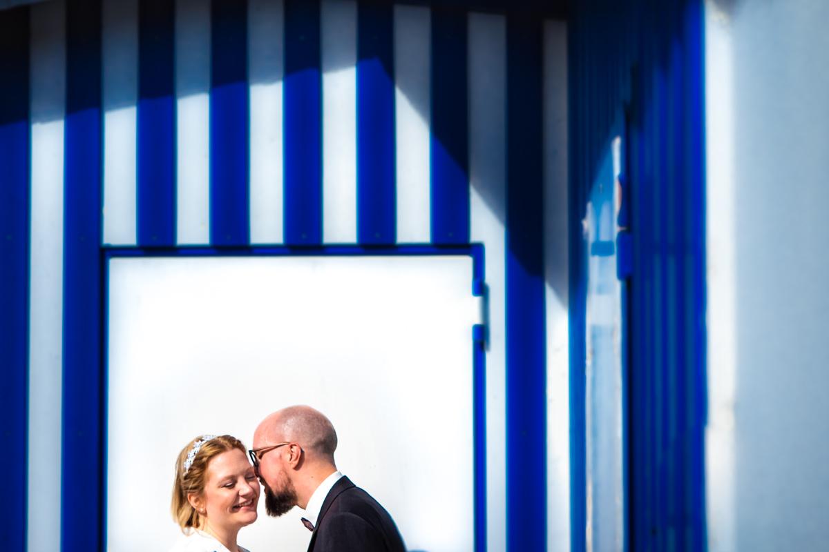 Hochzeitsfotos Brautpaar bei Hochzeitslocation Köln Haus am See mit Hochzeitsfotograf Koeln-5