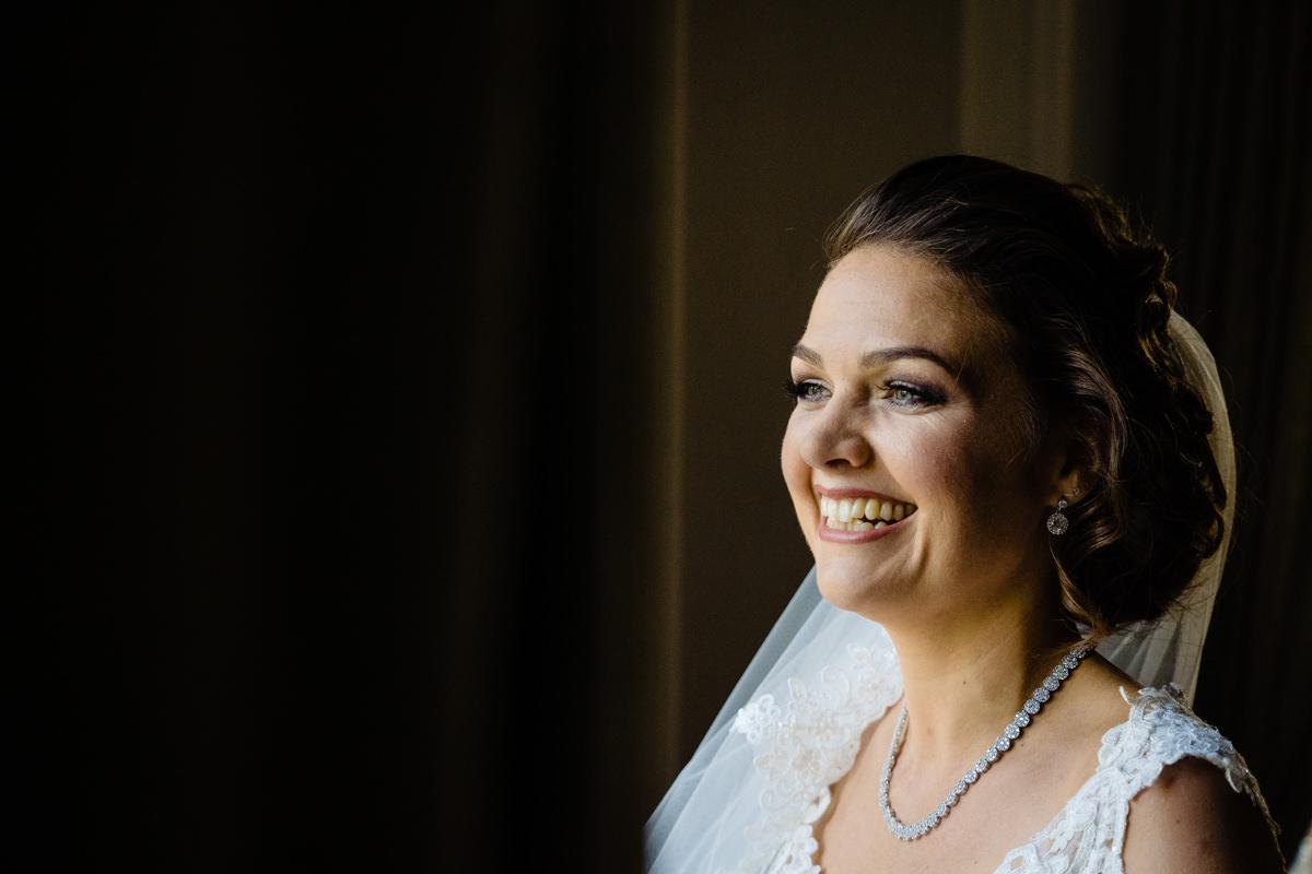 Hochzeitsfotos mit Braut in Bonn mit Hochzeitsfotograf Bonn