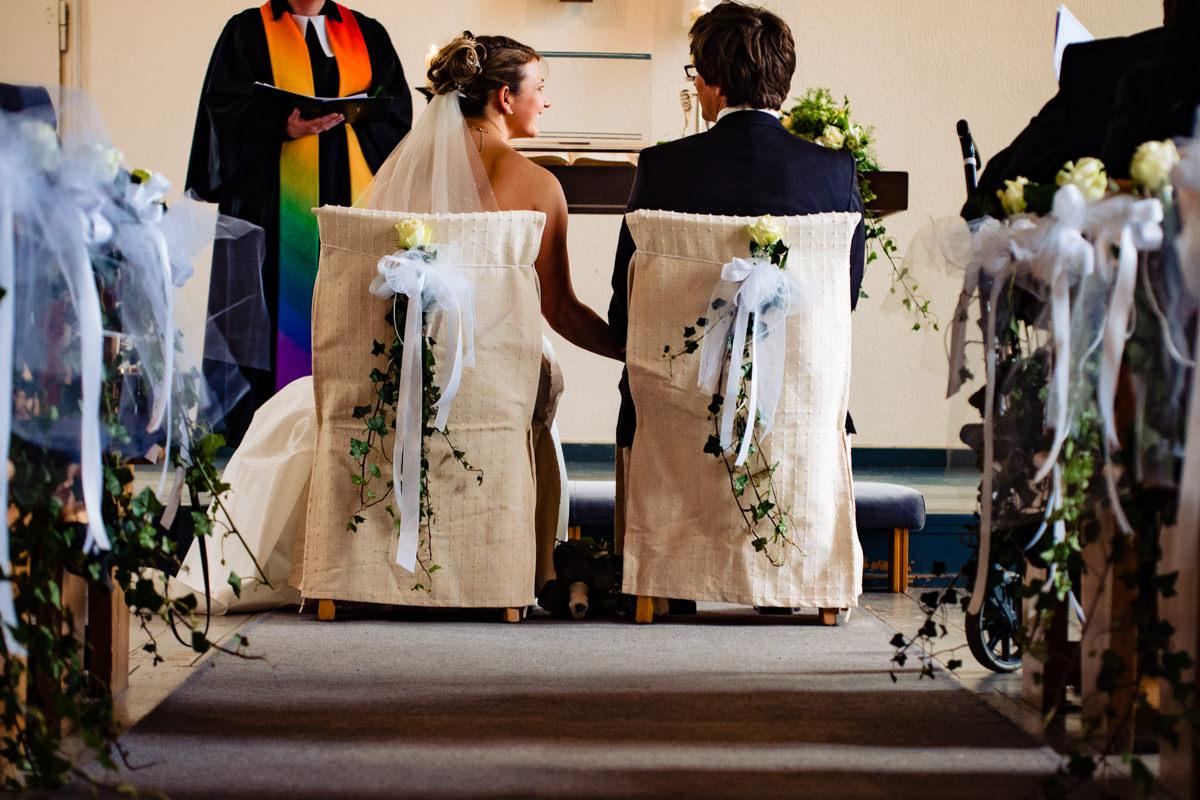 Hochzeitspaar bei evangelischer Trauung Solingen Widdert mit Hochzeitsfotograf Solingen-2