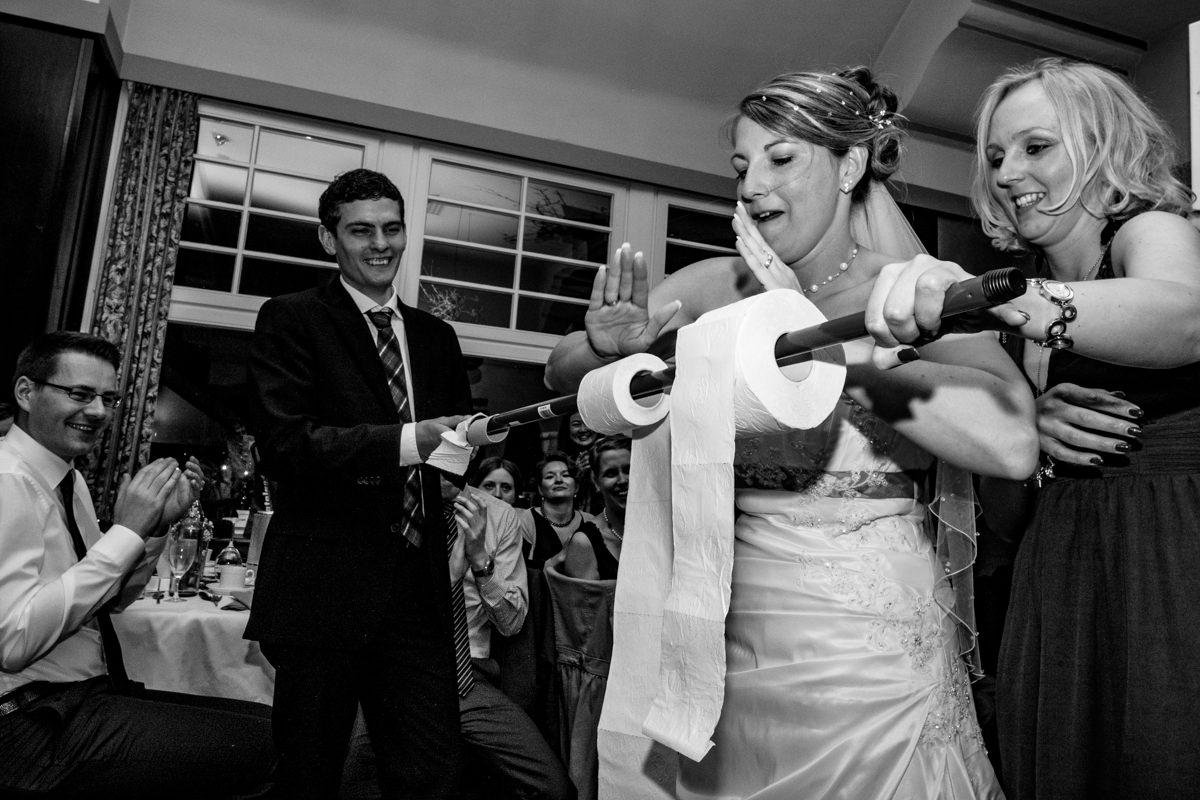 Hochzeitsspiele bei Hochzeitsfeier in Restaurant Ruedenstein Solingen-5