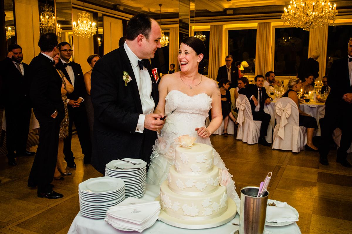 Hochzeitstorte bei Hochzeitsempfang in Bonn Bad Godesberg mit Hochzeitsfotograf Bonn