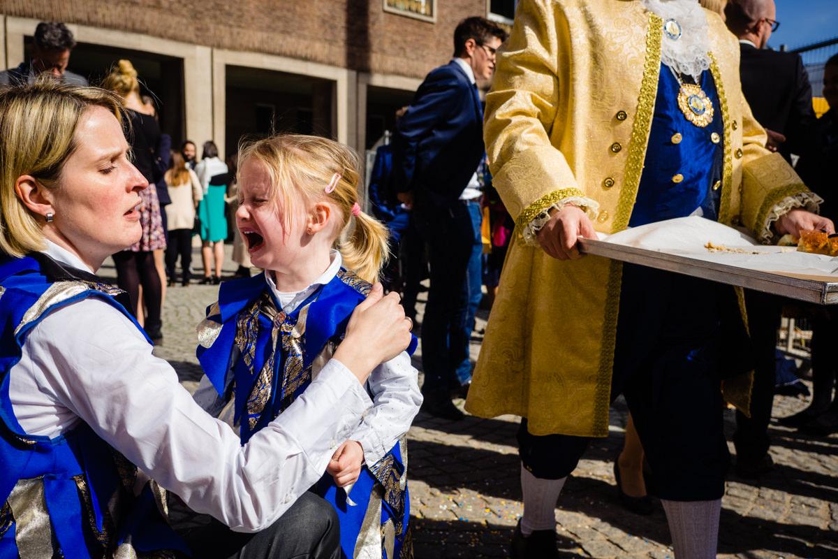 Sektempfang bei Hochzeit im Standesamt Rathaus Köln mit Hochzeitsfotograf Köln-6