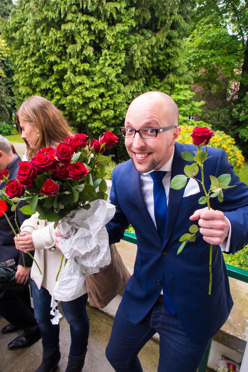 Sektempfang bei Hochzeit im Standesamt Solingen Haus Kirschheide mit Hochzeitsfotograf Solingen-3