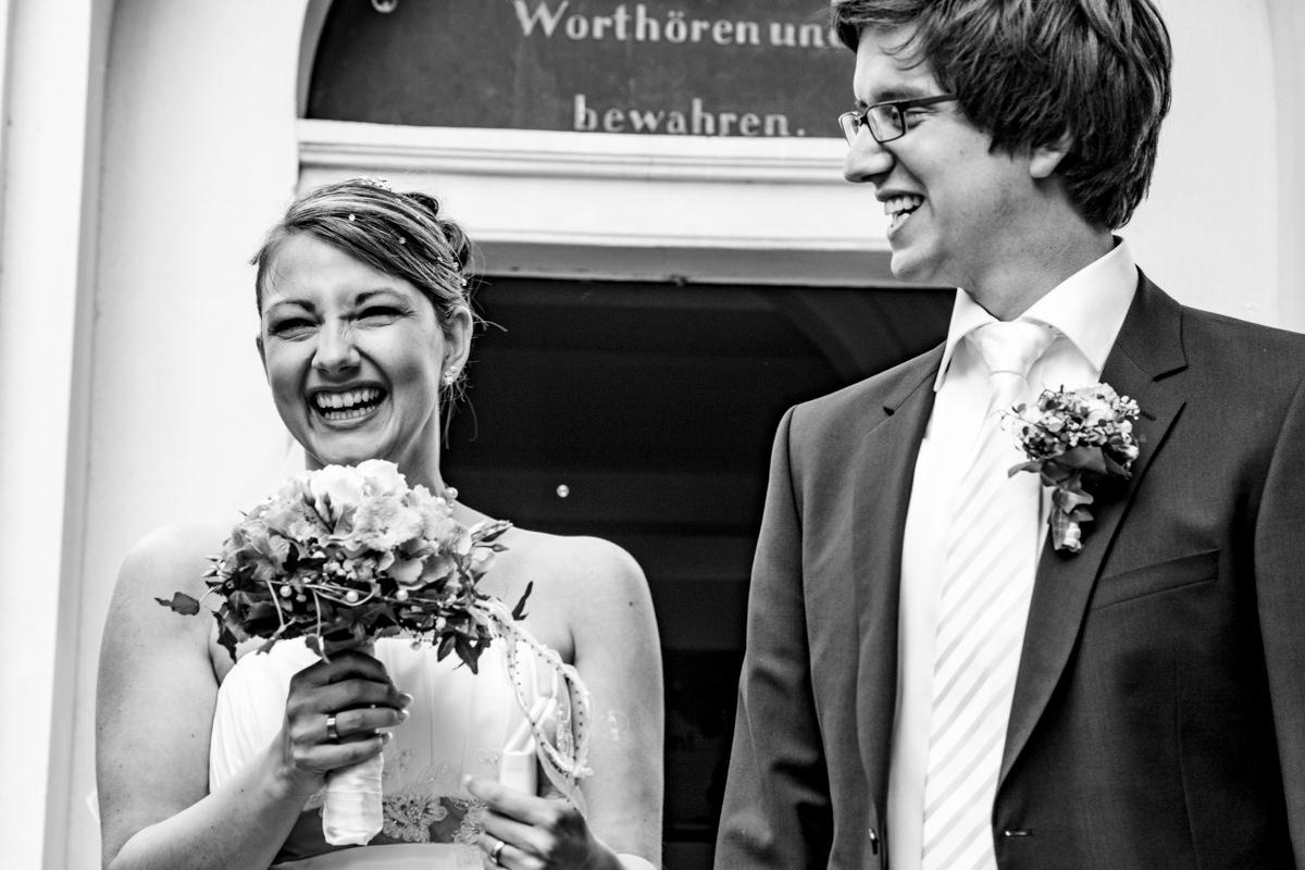 Trauung in evangelischer Kirche Solingen Widdert mit Hochzeitsfotograf Solingen