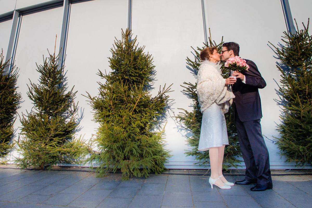 Winterhochzeit Schokoladenmuseum Koeln mit Hochzeitsfotograf Koeln